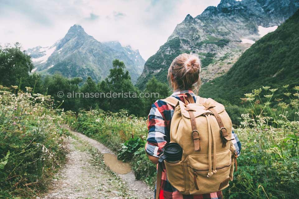 que significa ser montañero mochila