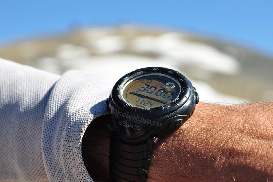Reloj GPS Suunto montaña alpes